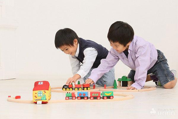 汽車のおもちゃ ブリオ社(BRIO) クラシック8の字セット
