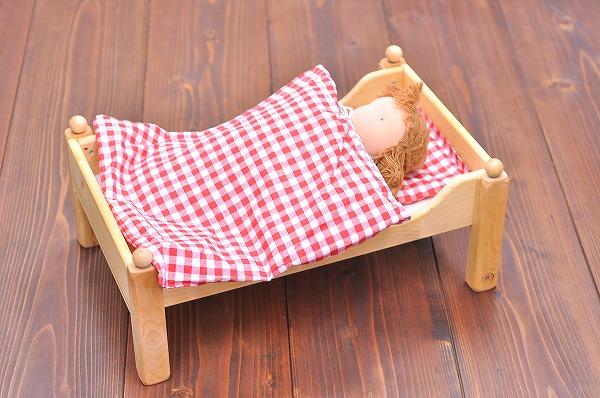 お人形ベッド